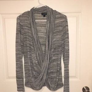 Long sleeve scoop neck shirt